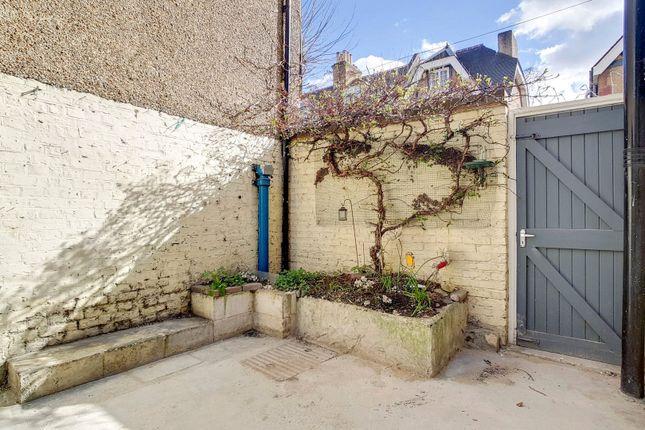 Picture No. 12 of Greenwich Park Street, Greenwich, London SE10