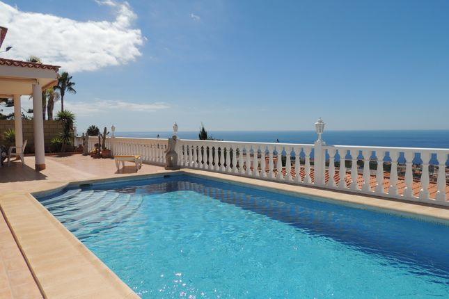 Villa for sale in Calle Santa Monica, Urbanization San Francisco, Los Gigantes, Tenerife, Canary Islands, Spain