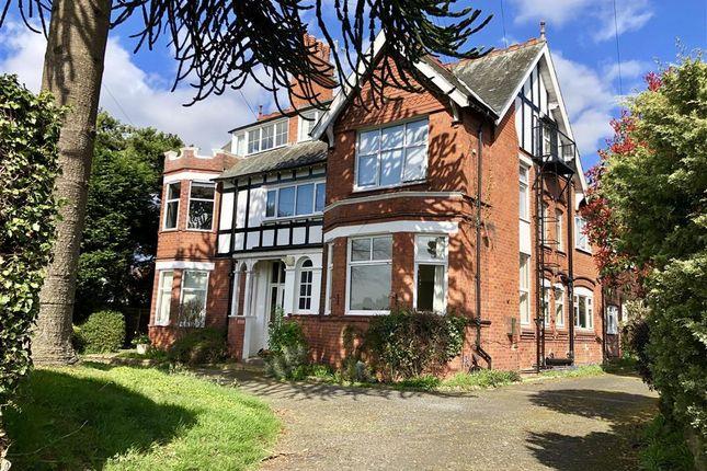Thumbnail Flat to rent in Western Road, Hagley, Stourbridge