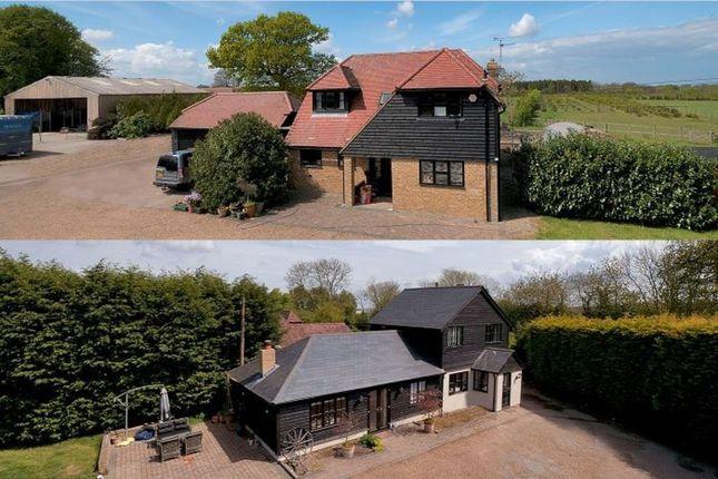 Thumbnail Farmhouse for sale in Woodside Green, Lenham, Maidstone