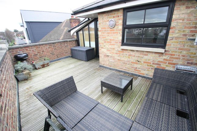 Thumbnail Flat for sale in Feeches Road, Southend-On-Sea