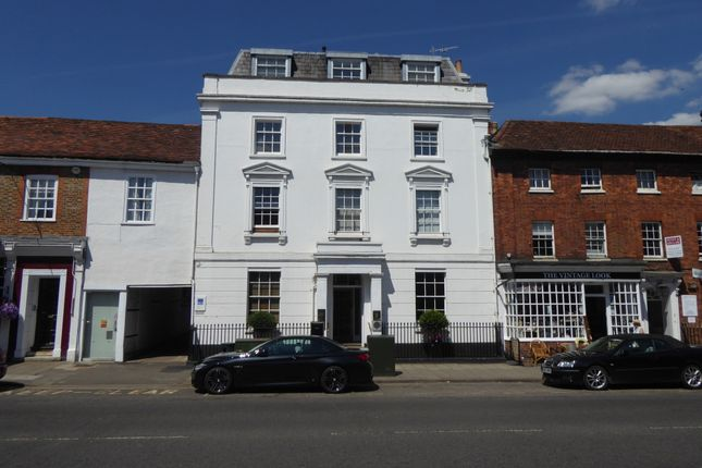 Thumbnail Flat to rent in Hart Street, Henley On Thames