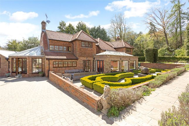 Thumbnail Property for sale in Whipsnade, Bedfordshire