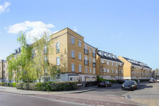 2 bed flat for sale in Tower Mill Road, Peckham SE15