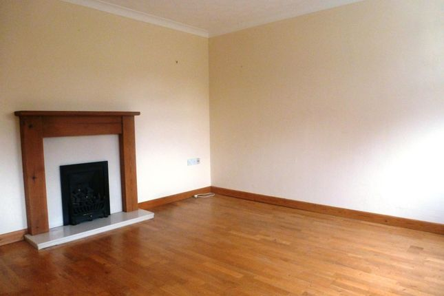 Thumbnail Terraced house to rent in Hogarth Close, Romsey