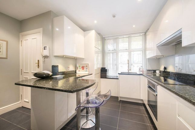 Flat for sale in Chesterfield House, Chesterfield Gardens, Mayfair