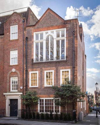 Picture No. 12 of Mallord Street, Chelsea SW3