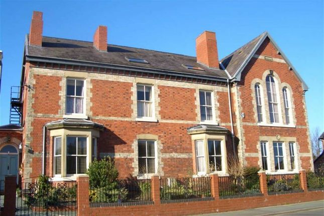 Thumbnail Flat to rent in Queens Park House, Oswestry, Shropshire