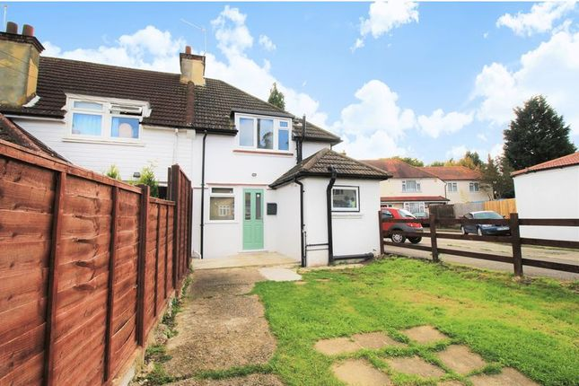 2 bed terraced house to rent in Horton Hill, Epsom