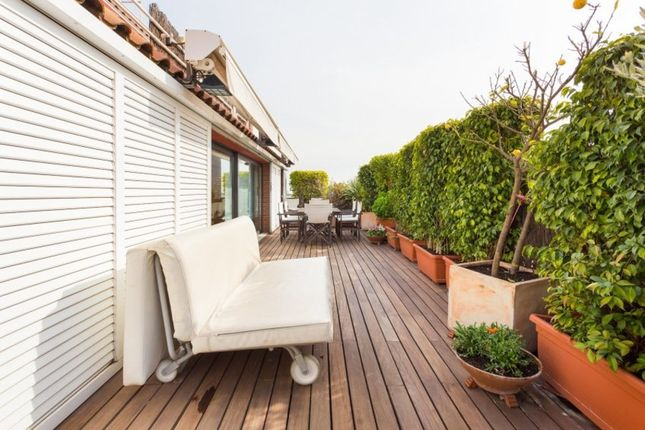 Apartment for sale in Vila De Gracia, Barcelona, Spain