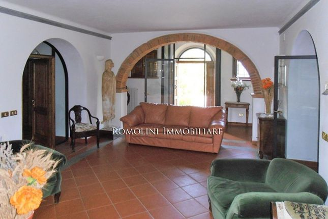 Farmhouse For Sale In Tuscany, Siena