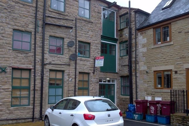 Thumbnail Flat to rent in Ightenhill Street, Padiham, Burnley