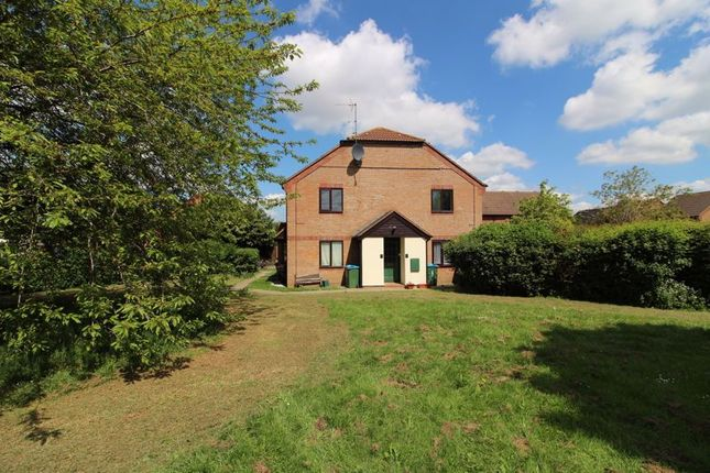 Thumbnail Studio for sale in Parslow Court, Aylesbury