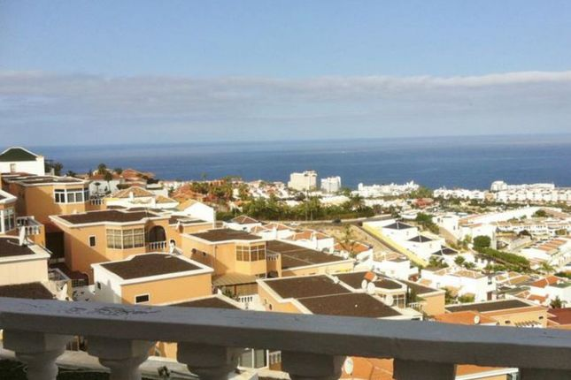 2 bed villa for sale in San Eugenio, Ocean View, Spain