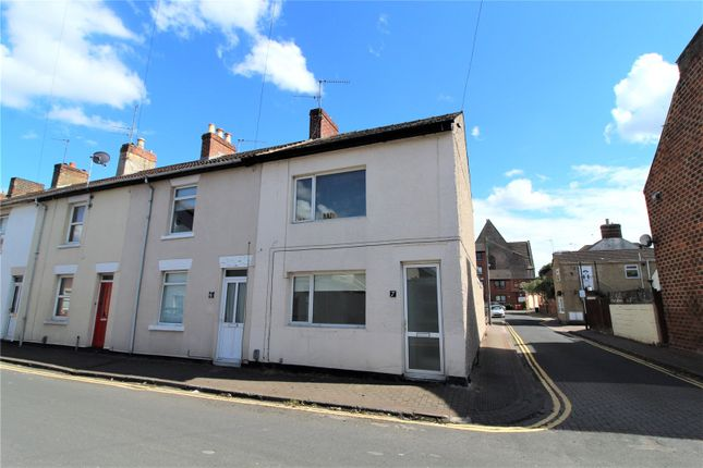 2 bed end terrace house to rent in King William Street, Old Town, Swindon SN1