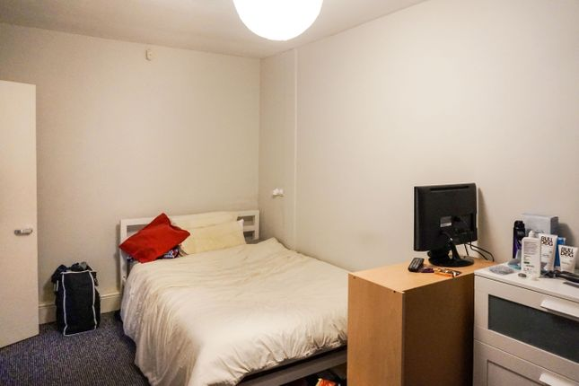 Bedroom 1 of Tapton House Road, Sheffield S10