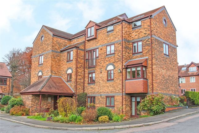 Thumbnail Property for sale in Albeny Gate, St. Albans, Hertfordshire