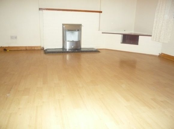Thumbnail Flat to rent in Warrand Road, Inverness