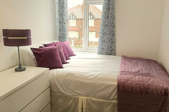 Thumbnail Room to rent in The Grove, Haydn Road, Nottingham