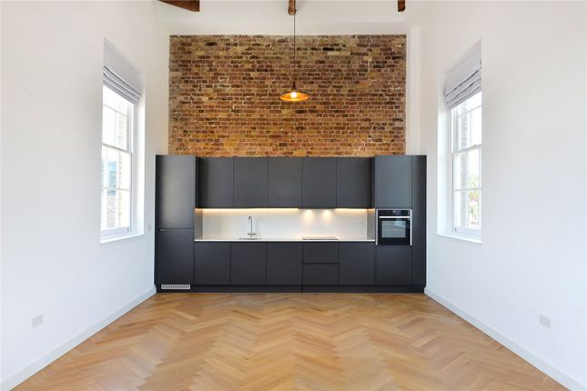Thumbnail Flat to rent in The Courtyard, 44 Gloucester Avenue, London