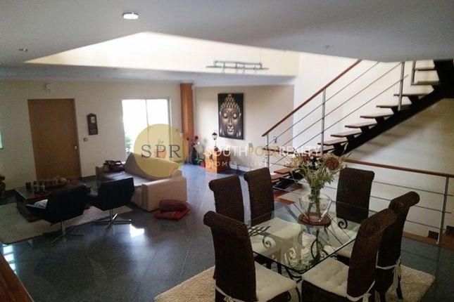 3 bed villa for sale in Portimão, Portugal