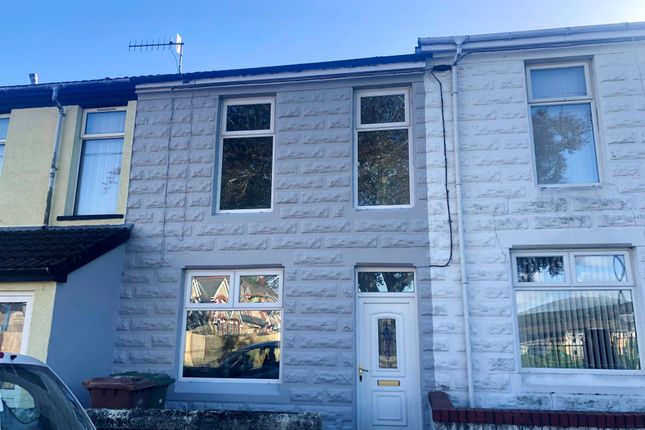 Thumbnail Property to rent in Parc-Y-Felin Street, Caerphilly