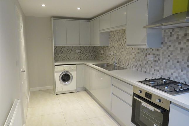 Thumbnail Property to rent in Middle Hill, Hemel Hempstead