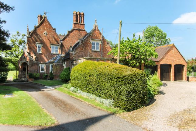 Thumbnail Detached house for sale in Churchend, Bushley, Gloucestershire