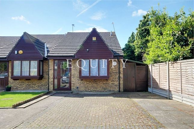 Thumbnail Bungalow for sale in The Hatch, Enfield