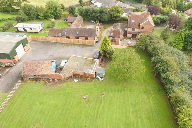 Thumbnail Farmhouse for sale in Allesley, Warwickshire