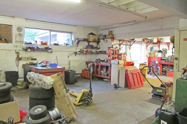 Thumbnail Retail premises to let in Craven House, Croft Road, Crowborough