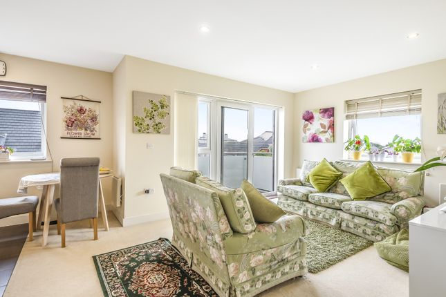 Sitting Room of Heron House, Rushley Way, Reading RG2