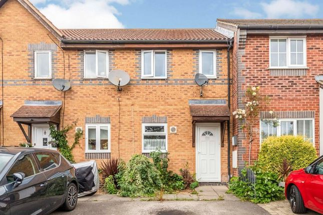 2 bed terraced house to rent in Chepstow Close, Stevenage SG1