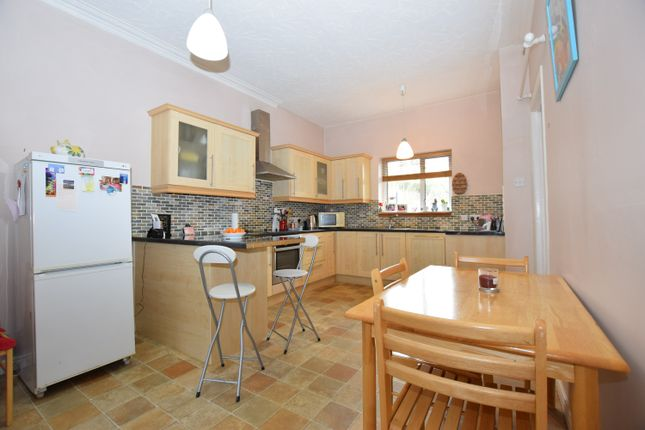 Thumbnail Flat for sale in Law Brae, West Kilbride