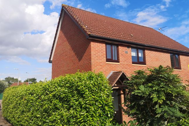 3 bed semi-detached house to rent in Valentine Lane, Thornwell, Chepstow NP16
