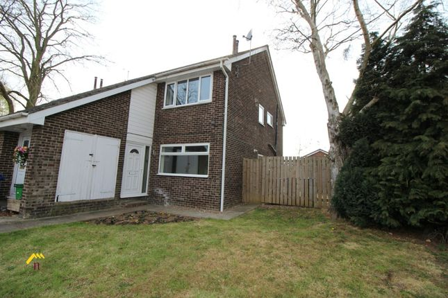 Thumbnail Flat for sale in Kirkhill Close, Armthorpe, Doncaster