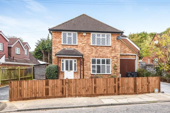 Thumbnail Detached house to rent in Park Avenue, Ruislip