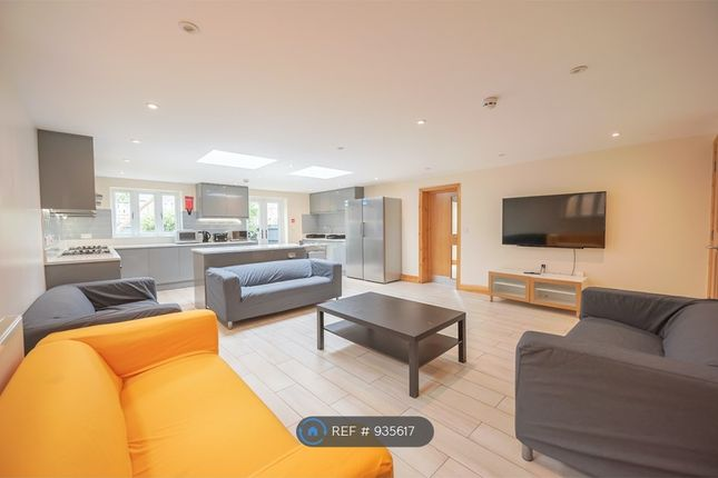 Thumbnail 9 bed detached house to rent in Redlands Road, Reading