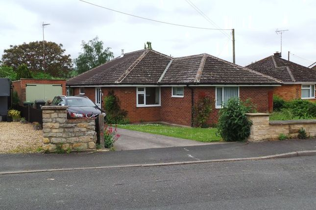 Thumbnail Detached bungalow to rent in Main Street, Wilsford, Grantham