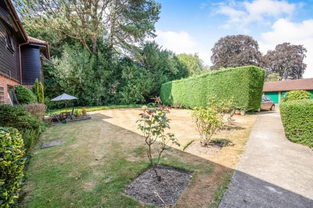 Communal Gardens of Tadworth Street, Tadworth, Surrey KT20