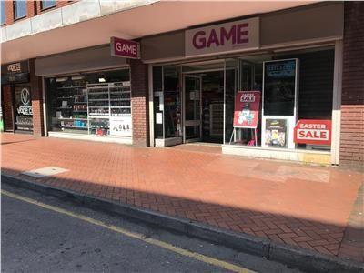 Thumbnail Retail premises to let in Regent Street, Wrexham, Wrexham