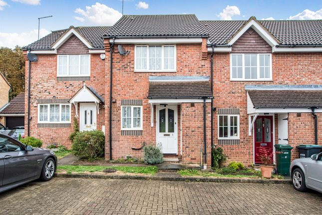 Thumbnail Terraced house for sale in Linnet Road, Abbots Langley