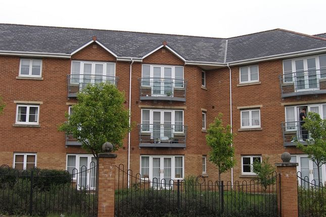 2 bed property to rent in Heol Cilffrydd, Barry