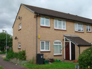 Thumbnail Flat to rent in Allington Close, Taunton