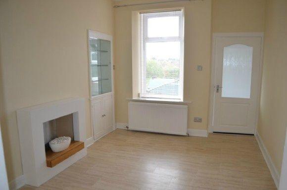 Thumbnail Flat to rent in Carron Road, Carron, Falkirk