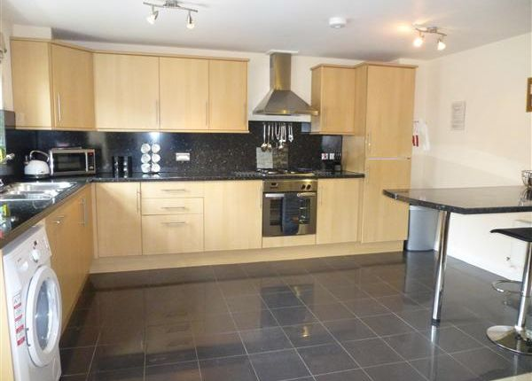 Thumbnail Flat for sale in Manor Court, Lawrence Street, York