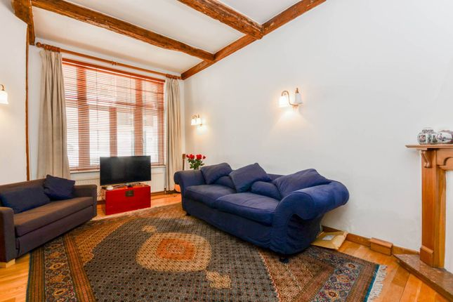 2 bed property to rent in Dove Mews, South Kensington, London SW5