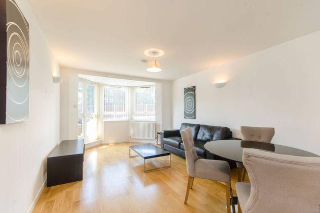 Thumbnail Flat to rent in Kew Bridge Court, Kew Bridge