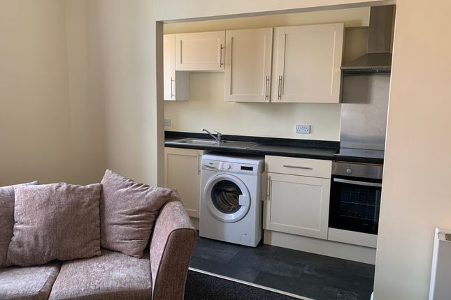Thumbnail Flat to rent in 40 North Road, Darlington