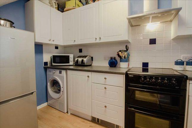 Kitchen - of Porlock Lane, Furzton, Milton Keynes MK4